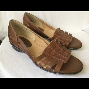 Softspots Leather Shoes